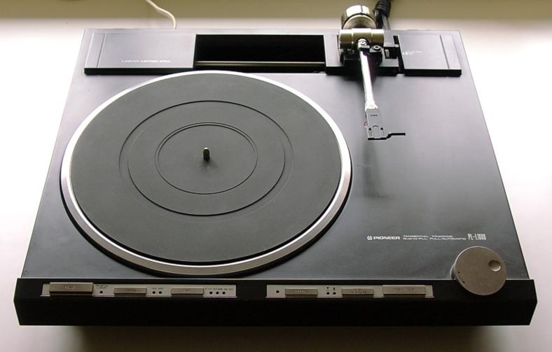 Pioneer PL-L1000a