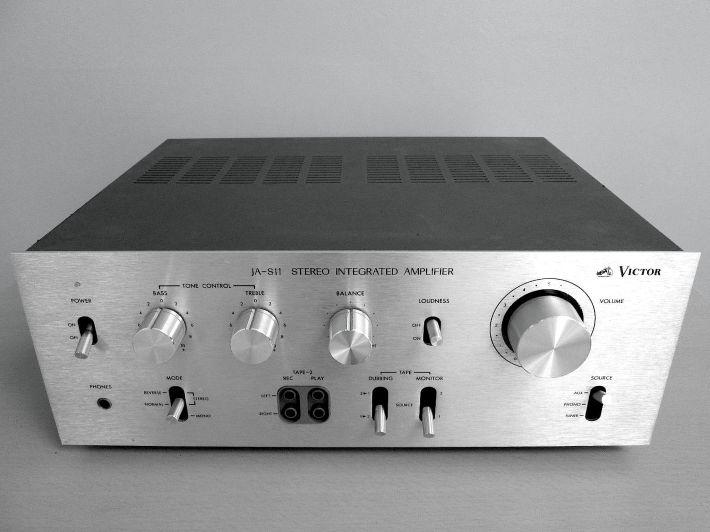 JVC JA-S11