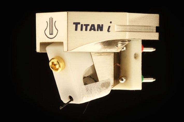 Lyra Titan i