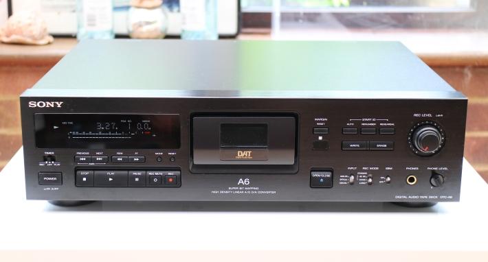 Sony DTC-A6